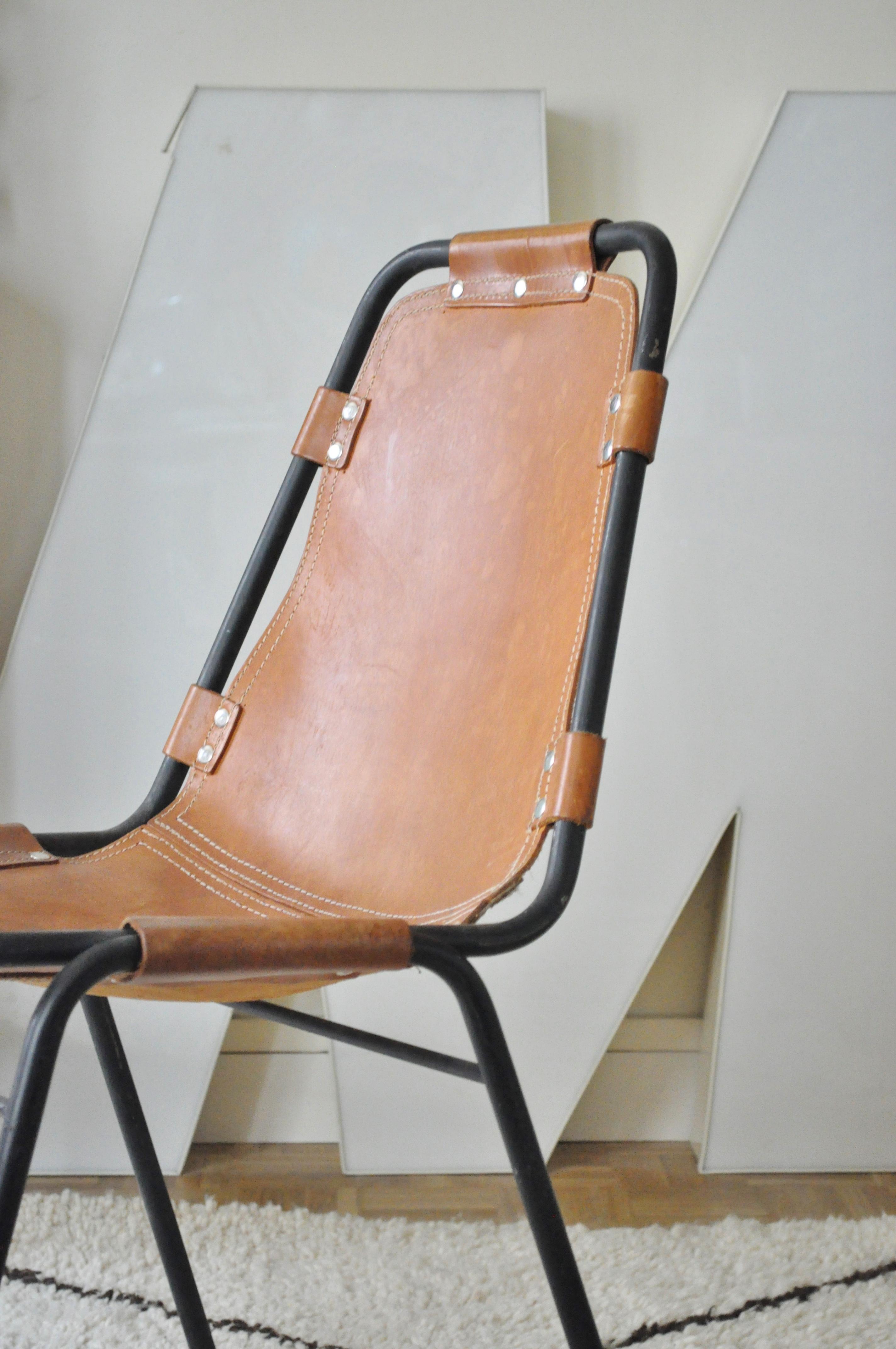chaise les arcs perriand le vide grenier d 39 une parisienne. Black Bedroom Furniture Sets. Home Design Ideas