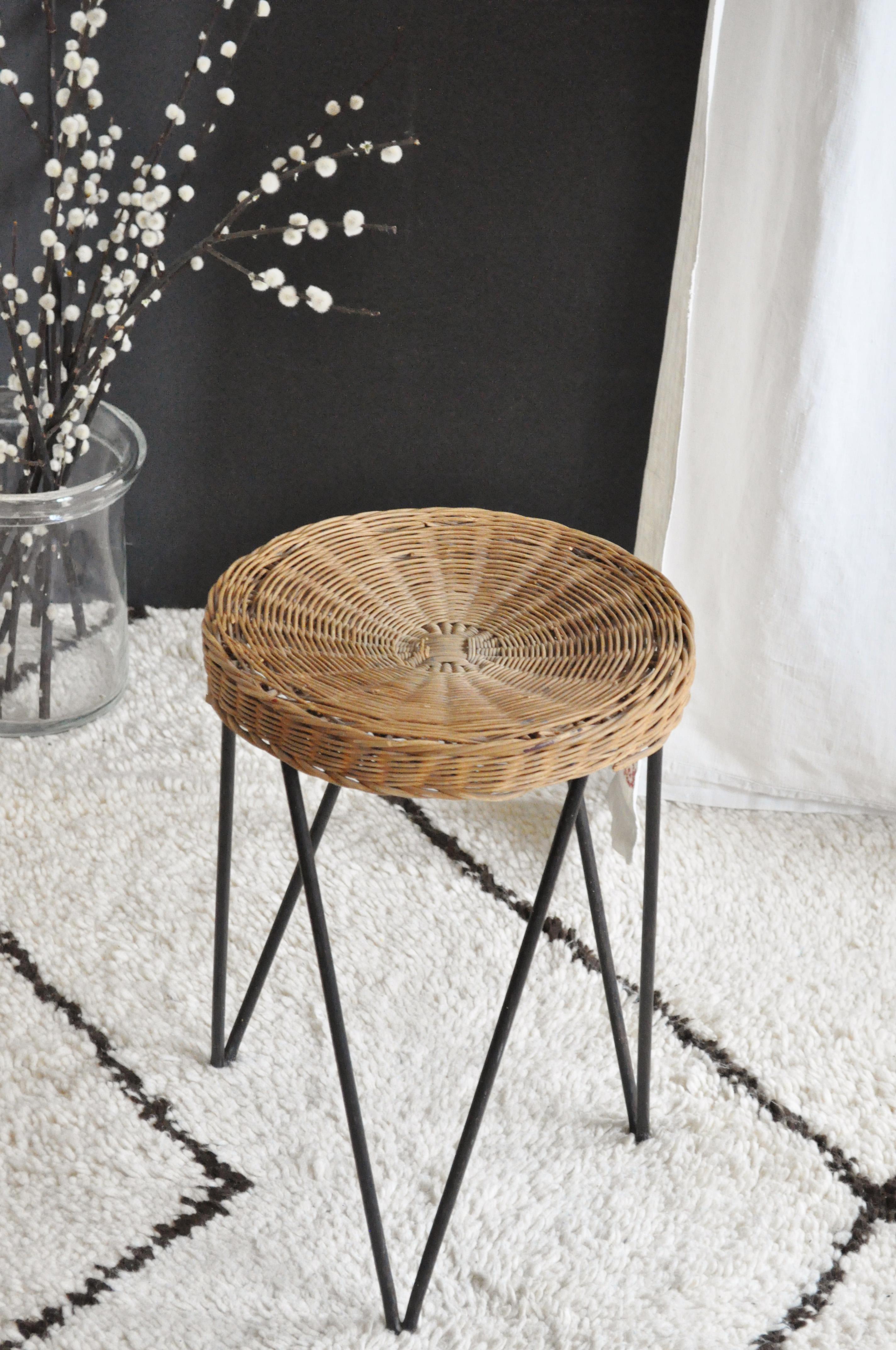 tabouret rotin m tal le vide grenier d 39 une parisienne. Black Bedroom Furniture Sets. Home Design Ideas