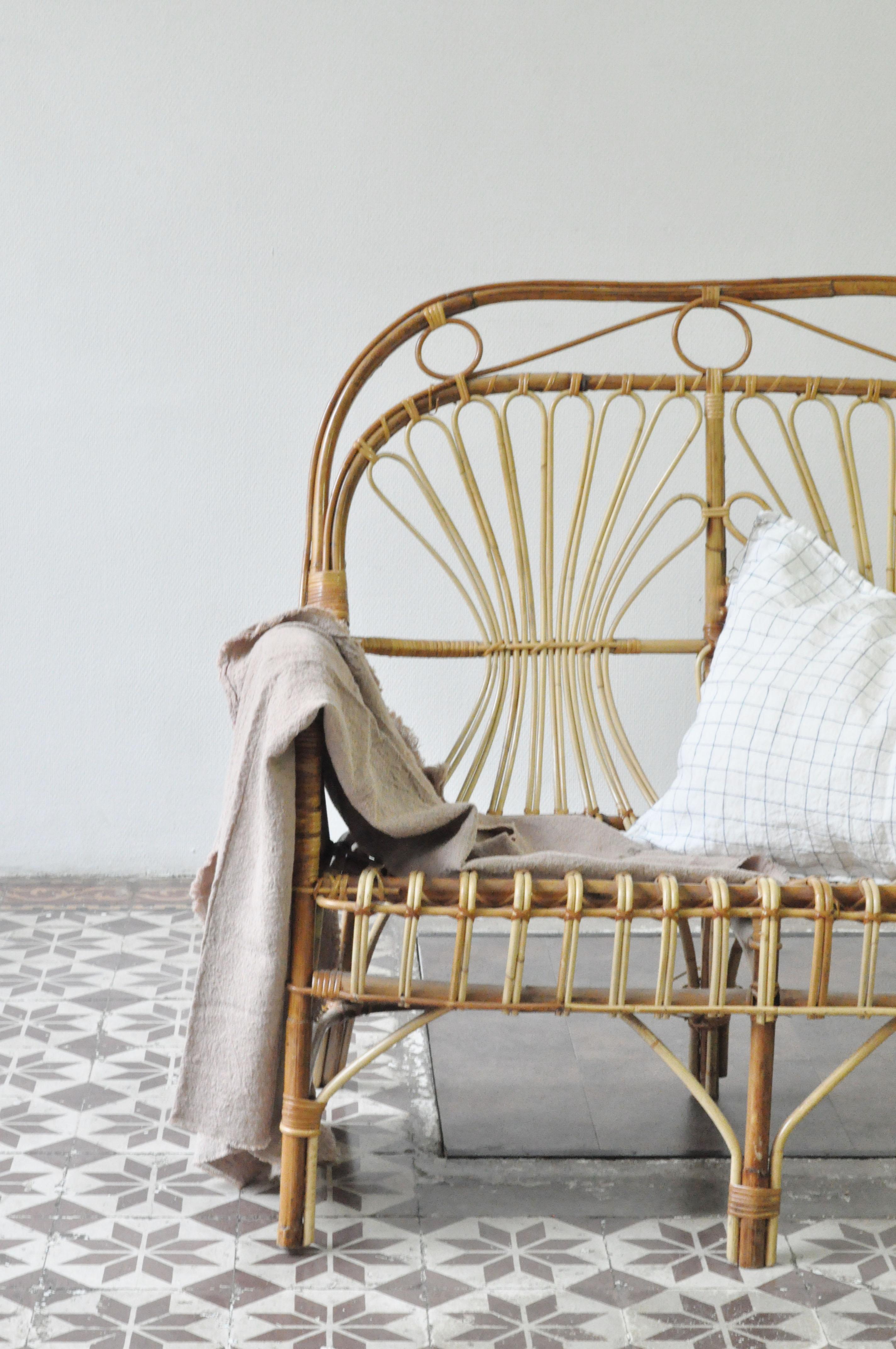 plaid en lin comptoir des teintures le vide grenier d 39 une parisienne. Black Bedroom Furniture Sets. Home Design Ideas