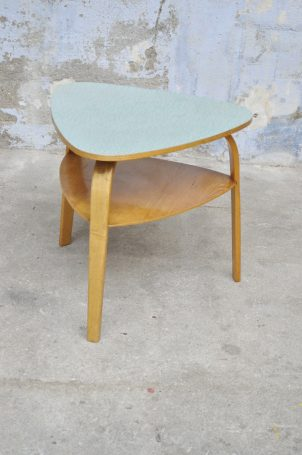table-bow-wood-steiner