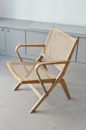 fauteuil-canne-vintage